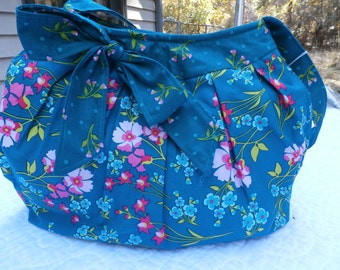 My 'Green with Floral Side Bow' handbag.  Very attractive made to order.  This one is already made and ready to go.