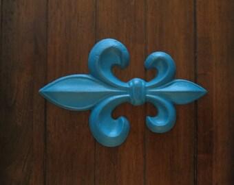 Fleur de Lis Wall Decor / Lagoon Blue or Pick Color / Cast Iron Wall Sign / Paris Apartment / French Country Style / Fleur de Lis Symbol