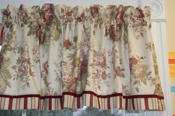 Norfolk Rose Waverly Beige Red Green Toile By