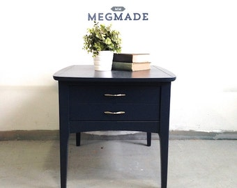 1212-00285 Sharp Blue Lacquer Side Table by MegMade
