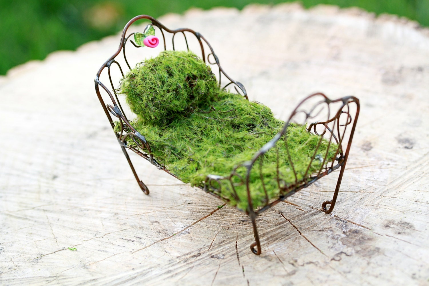 Fairy Bed furniture Day Bed miniature accessory for fairy