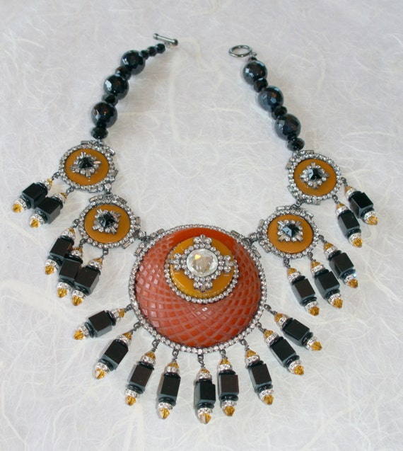 Moans Bakelite Couture Handmade Necklace and Earrings - Vintage Bakelite Components
