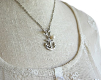 anchor jewelry / silver anchor necklace with freshwater pearl / navy mom / sailor necklace / navy girlfriend necklace / navy wife