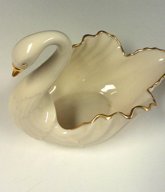 Vintage 1950 Lenox Porcelain Swan Candy Dish Cream 24kt Trim