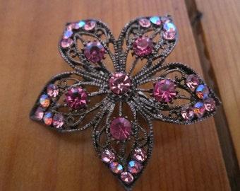 Vintage Star Brooch Pink Rhinestones Filagree Pin Jewelry