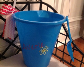 Personalized sand pail