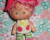 Strawberry Shortcake Doll Friend Cherry Cuddler SUPER SWEET