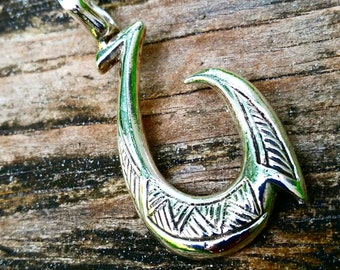 TiSurvival Makau Sterling Silver Fish Hook Pendant