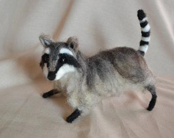 Needle Felted Raccoon Sculpture, Wildlife Collectible, Wool Fiber Raccoon, Raccoon Collectible, Fiber Art Raccoon, Fiber Sculpture