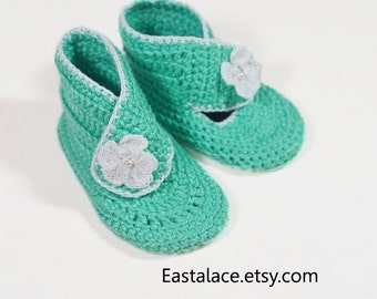 crochet baby boots  Flower crochet, Baby booties mint green