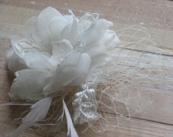 lvory hair flower Ivory wedding flower Ivory bridal flower Ivory hair flower Ivory bridal headpiece 3 inch ivory flower Bridal ivory flower