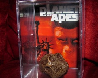 Planet of The Apes (Inspired)  Fossil Head Display..Own 1 Today ! (We Combine Shipping Charges On Multiple Purchas's)