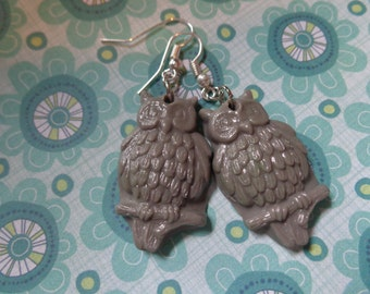 Owl Earrings/ Polymer Clay Owl Earrings/ Gray
