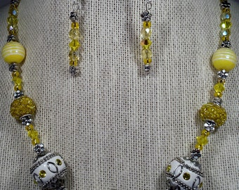 Lemon Yellow necklace and earring set.