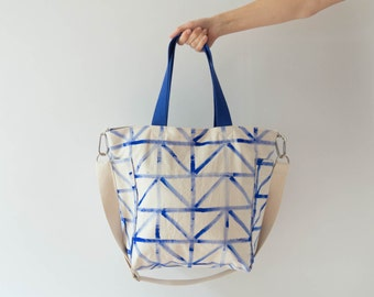 Sewing tutorial with pattern for a mid-size tote bag with zipper, adjustable and removeable straps