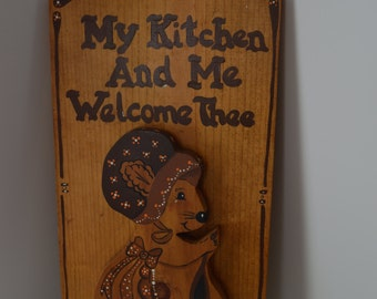 Country Mouse on a Plaque