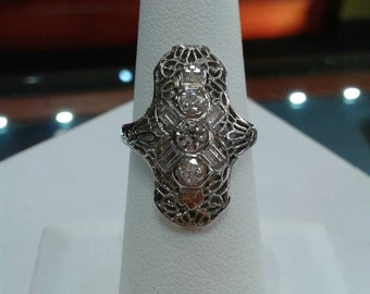 Gorgeous Art Deco 1930's Diamond Filigree Ring