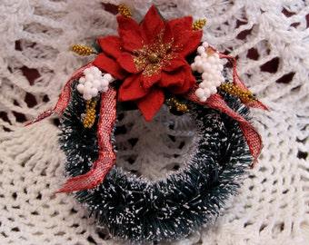 Miniature Christmas Wreath ~ Dollhouse Miniature ~
