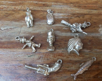 small lot of vintage charms