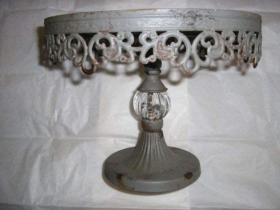 Metal cake stand simply beautiful for Beautiful cake stands