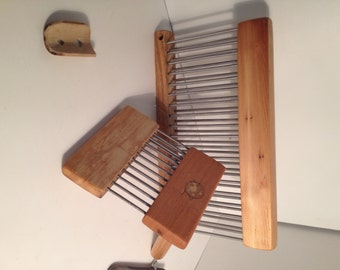 Hackle (double row tines), Comb (double row),and diz for wool
