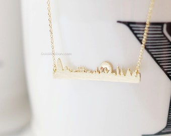 gold london necklace, london skyline necklace,city necklace, uk jewelry, souvenir london, skyline necklace, necklaces for woman