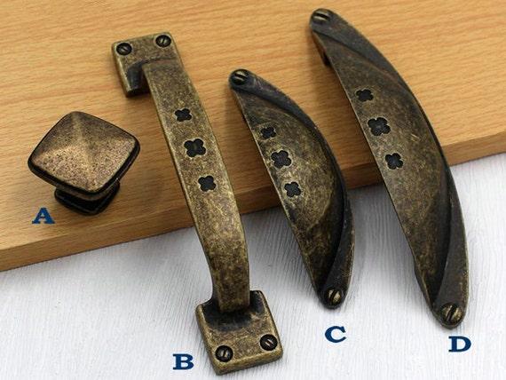 Rustic Knobs Dresser Pull Drawer Pulls Handle By LynnsHardware