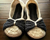 Bow Slippers - Women's Crochet Slippers - Gray and Ivory - Charcoal and White - Double sole crochet shoes - Jay's Boutique