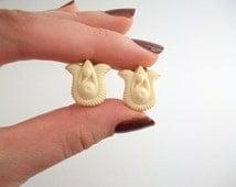 Tulip Earrings, Ivory Tulips Earrings, Gold & Ivory Earrings, Avon Tulips Earrings, Gracious Tulips, Clip On Earrings, Non Pierced Earrings