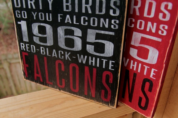 Atlanta Falcons Distressed Wood Sign-