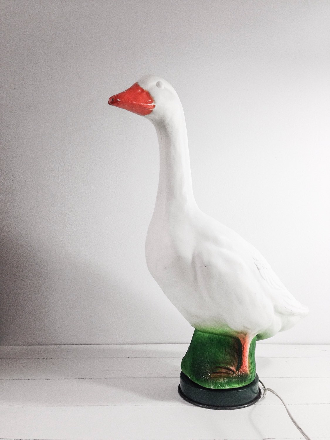 Vintage Plastic Light Up Goose Lamp Glady S Goose Blow