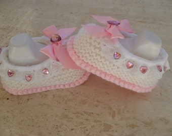 Instant Download Knitting Pattern Baby Girl Shoes - Quick And Easy Makes Three Sizes 0 to 3, 3 to 6, 6 to 9 Mths