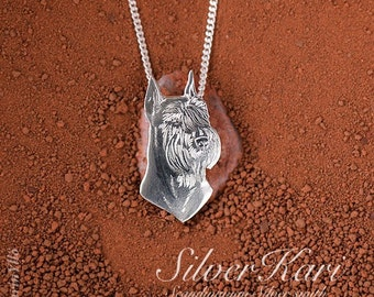 Giant Schnauzer with cropped ears, necklace in sterling silver with a pendant.