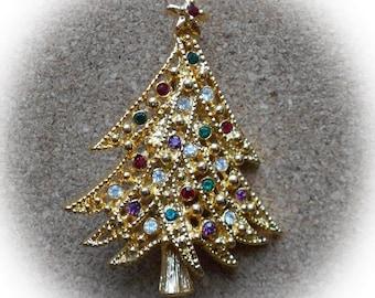 H21: Vintage Christmas Tree