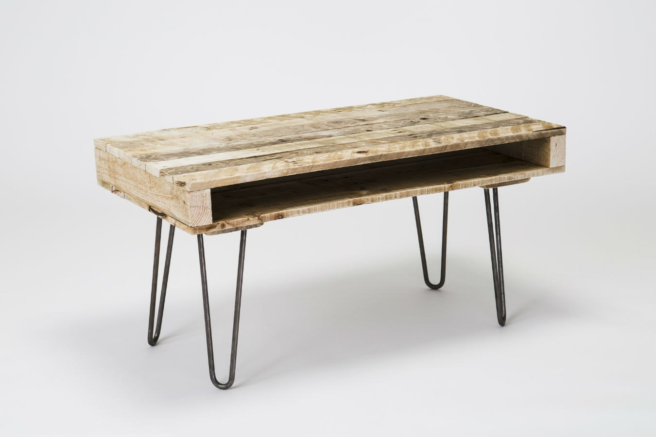pallet coffee table with hairpin legs by gasandairstudios. Black Bedroom Furniture Sets. Home Design Ideas