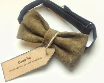 mens bow tie suede green, suede bow tie, dark green bow tie, olive green,