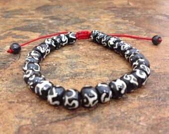 "Tibetan Buddhist ""Om"" Symbol Bead Adjustable Bracelet with Sliding Knot"