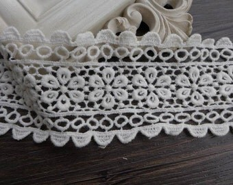 Off white Cotton Lace Trim, Hollowed Flower Trim, Lovely Scalloped Edge Trim, 2 Yards
