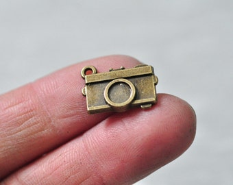25pcs Antique Bronze Camera Charm Pendant 19x13mm PP787