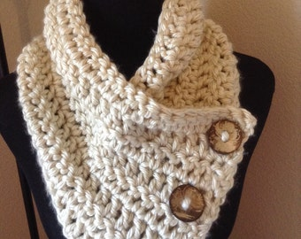 Chunky crochet cowl / scarf with Coconut Buttons