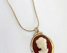 Girl's Cameo Pendant Golden Necklace Vintage 1970s Necklace Birthday Gift