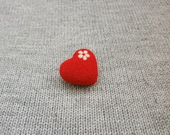 Red Heart Brooch, Needle felt red heart, Wool jewelry, Gift for her, Felt Heart Pin,  Gift for sweetheart, Valentines day gift