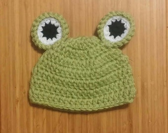 Crocheted frog hat/beanie photo prop