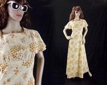 50s Vintage Gown / Size S / Cream Floral Dress / Hippie Wedding Dress / Bridesmaid Dress / Metal Zip / Short Flared Sleeves / Boho Maxi