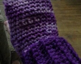 Crocheted Purple-toned Fingerless Gloves