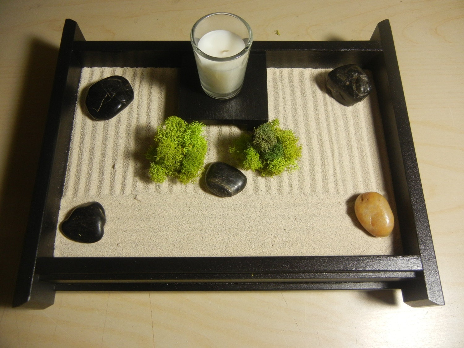 S02 small desk or table top zen garden with candle and stand for Table zen garden