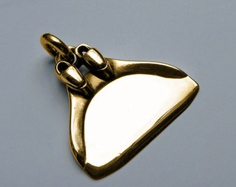 Monofin freediving necklace , solid gold pendant.