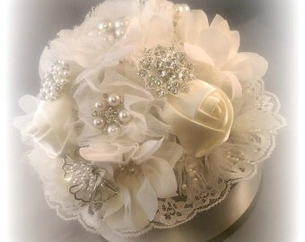 Romantic Ivory Brooch Cake Topper - YOUR COLORS AVAILABLE, Elegant Brooch And Fabric Flower Cake Topper, Brooch Topper, Fabric Flower Topper