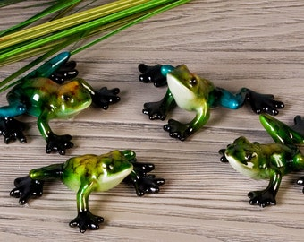 NEW! Small statue of  frog  in resin mutlicolor, length 1.6 inches