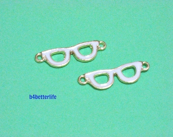 """Lot of 24pcs """"Spectacle"""" Gold Color Plated Enameled Metal Charms Connector. #HY1377."""